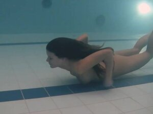 Underwater sex in pool