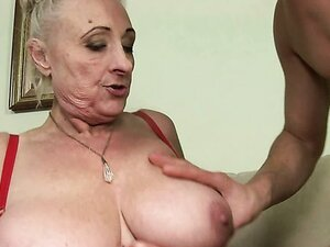 Grannies video: big large tits
