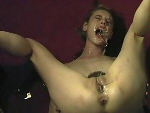 Self facial video: squirting girls