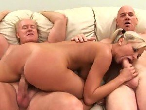 threesome porn from BravoTube