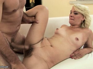 mature porn tube from HD21