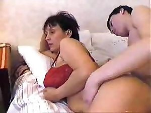 Russian mom video: mature porn tube