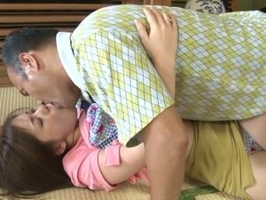 Japanese mom video: nude japanese girls