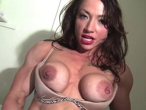 hot muscle women from xHamster