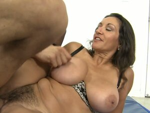 Mature hairy big boobs videos