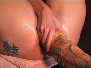 Monster dildo xxx video clips