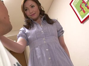 Japanese mom video: hot mom sex