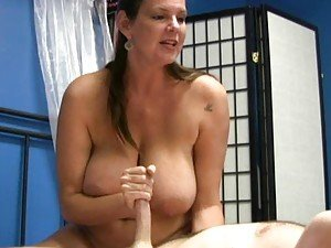 Handjob video: mature porn tube